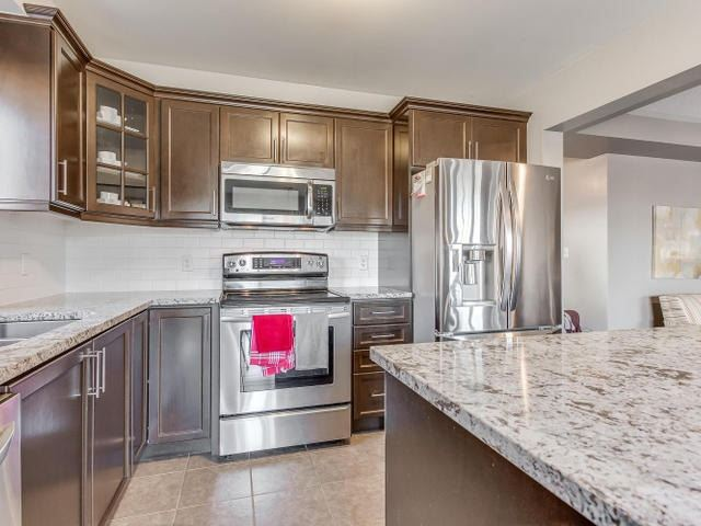 Main Photo: 26 Saunter Court in Brampton: Northwest Brampton House (2-Storey) for sale : MLS®# W3250895