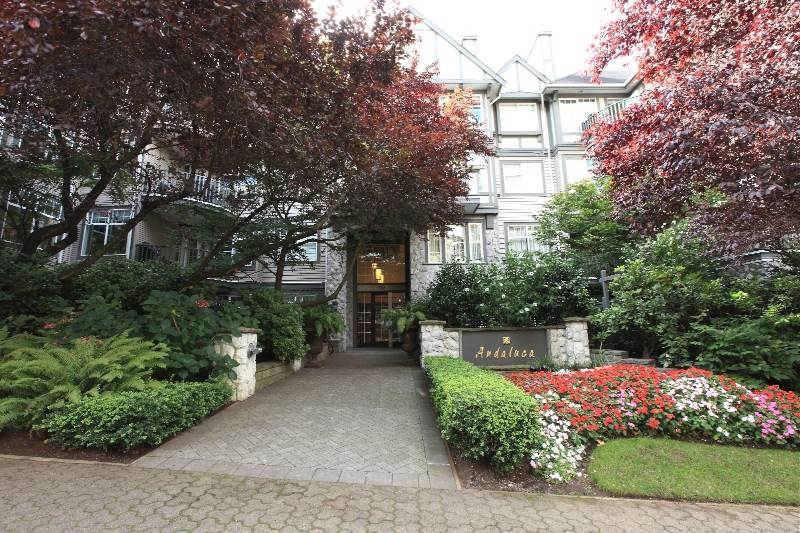 "Main Photo: 201 1388 NELSON Street in Vancouver: West End VW Condo for sale in ""ANDALUCA"" (Vancouver West)  : MLS® # R2036978"