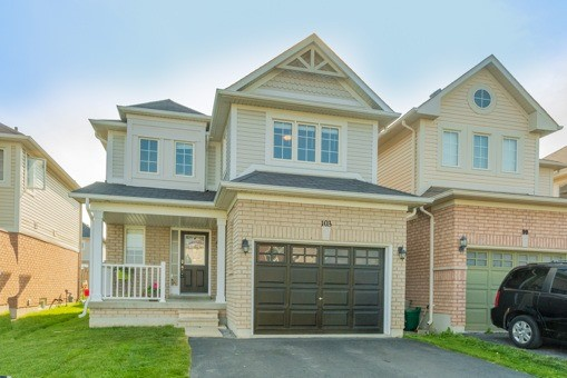 Main Photo: 103 Lunney Crest in Clarington: Bowmanville House (2-Storey) for sale : MLS® # E3504503