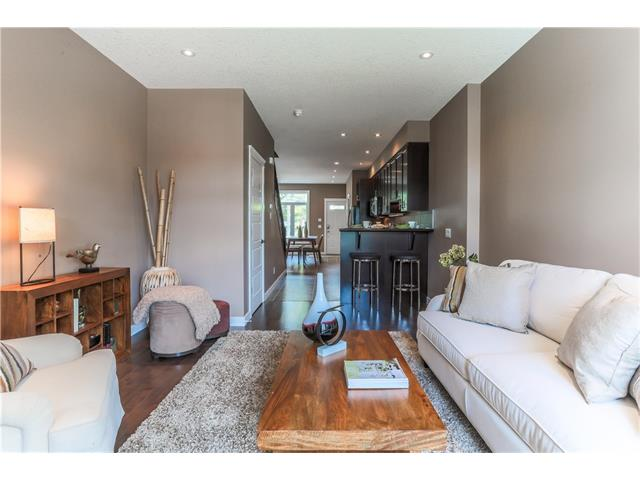 Photo 4: 4510 73 Street NW in Calgary: Bowness House for sale : MLS® # C4079491