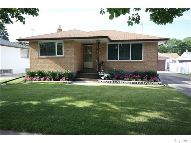 Main Photo: 435 Regent Avenue West in Winnipeg: West Transcona Residential for sale (3L)  : MLS® # 1623692