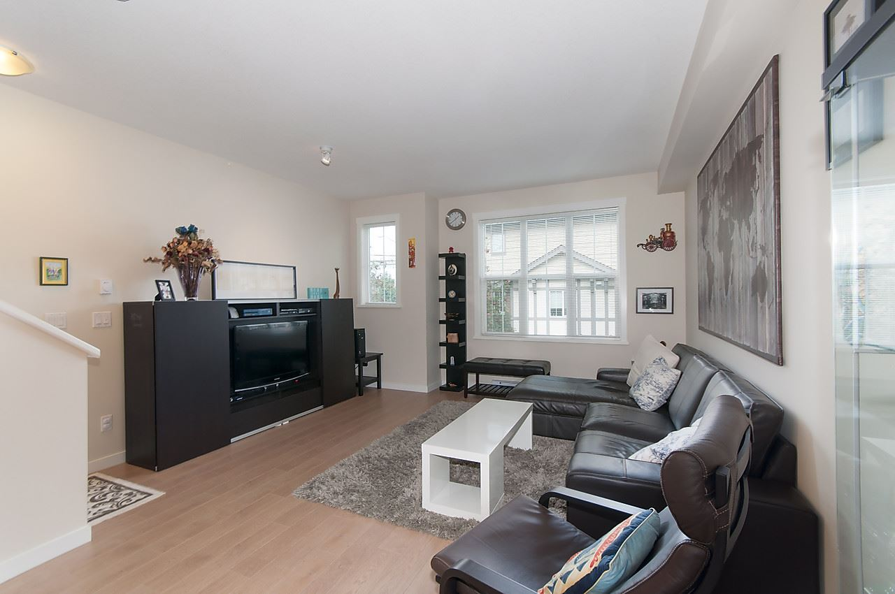 "Photo 3: 82 14838 61 Avenue in Surrey: Sullivan Station Townhouse for sale in ""SEQUOIA"" : MLS® # R2107237"