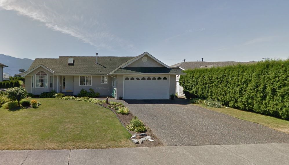 Main Photo: 7072 YORK Crescent: Agassiz House for sale : MLS(r) # R2112239