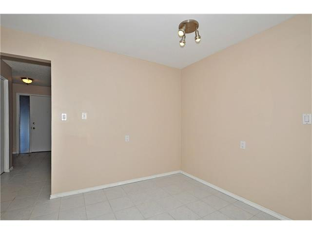 Photo 9: 76 MIDRIDGE Bay SE in Calgary: Midnapore House for sale : MLS(r) # C4094189