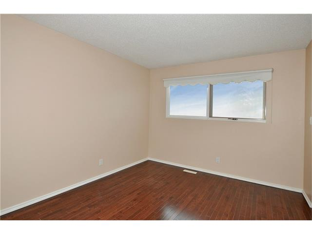 Photo 13: 76 MIDRIDGE Bay SE in Calgary: Midnapore House for sale : MLS(r) # C4094189