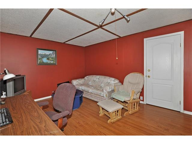 Photo 21: 76 MIDRIDGE Bay SE in Calgary: Midnapore House for sale : MLS(r) # C4094189