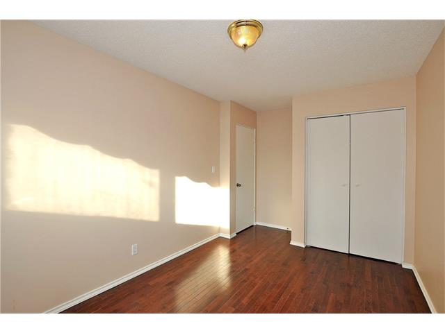 Photo 19: 76 MIDRIDGE Bay SE in Calgary: Midnapore House for sale : MLS(r) # C4094189