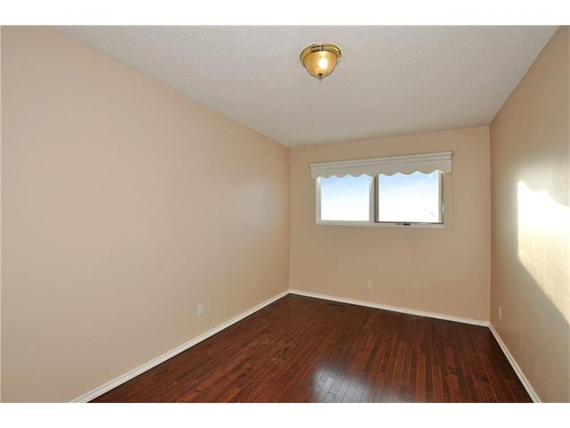 Photo 18: 76 MIDRIDGE Bay SE in Calgary: Midnapore House for sale : MLS(r) # C4094189