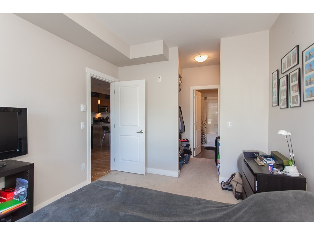 "Photo 15: 322 9655 KING GEORGE Boulevard in Surrey: Whalley Condo for sale in ""GRUV"" (North Surrey)  : MLS(r) # R2134761"
