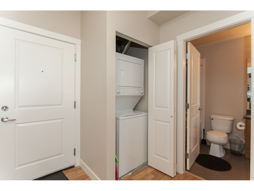 "Photo 17: 322 9655 KING GEORGE Boulevard in Surrey: Whalley Condo for sale in ""GRUV"" (North Surrey)  : MLS(r) # R2134761"