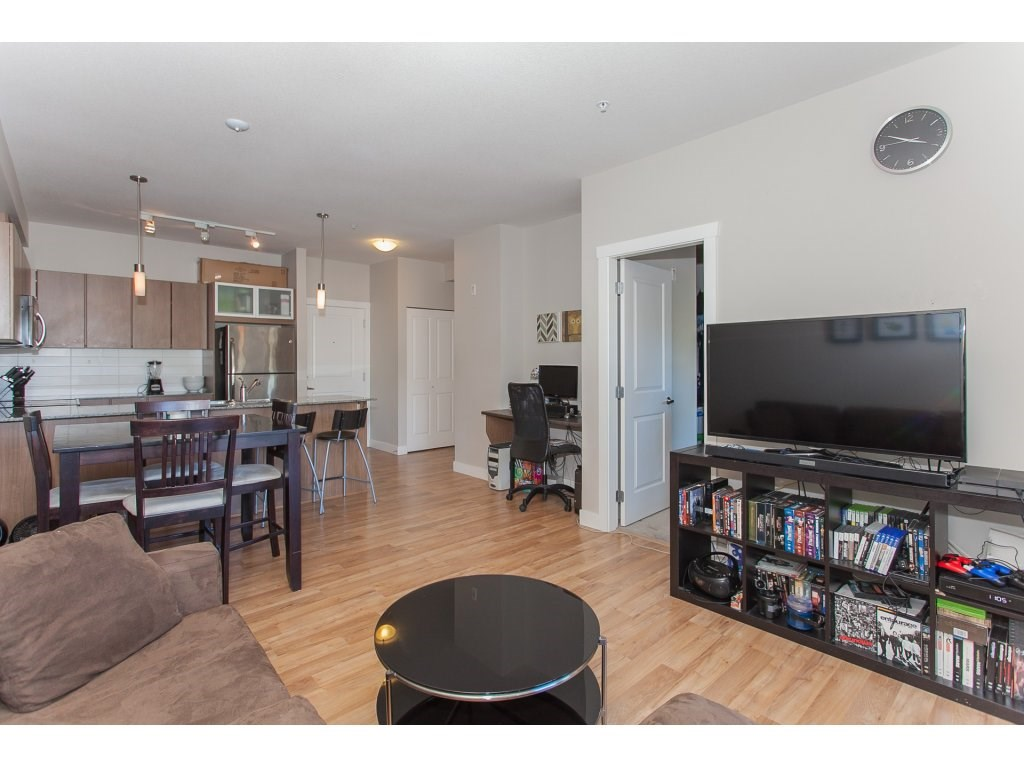 "Photo 5: 322 9655 KING GEORGE Boulevard in Surrey: Whalley Condo for sale in ""GRUV"" (North Surrey)  : MLS(r) # R2134761"