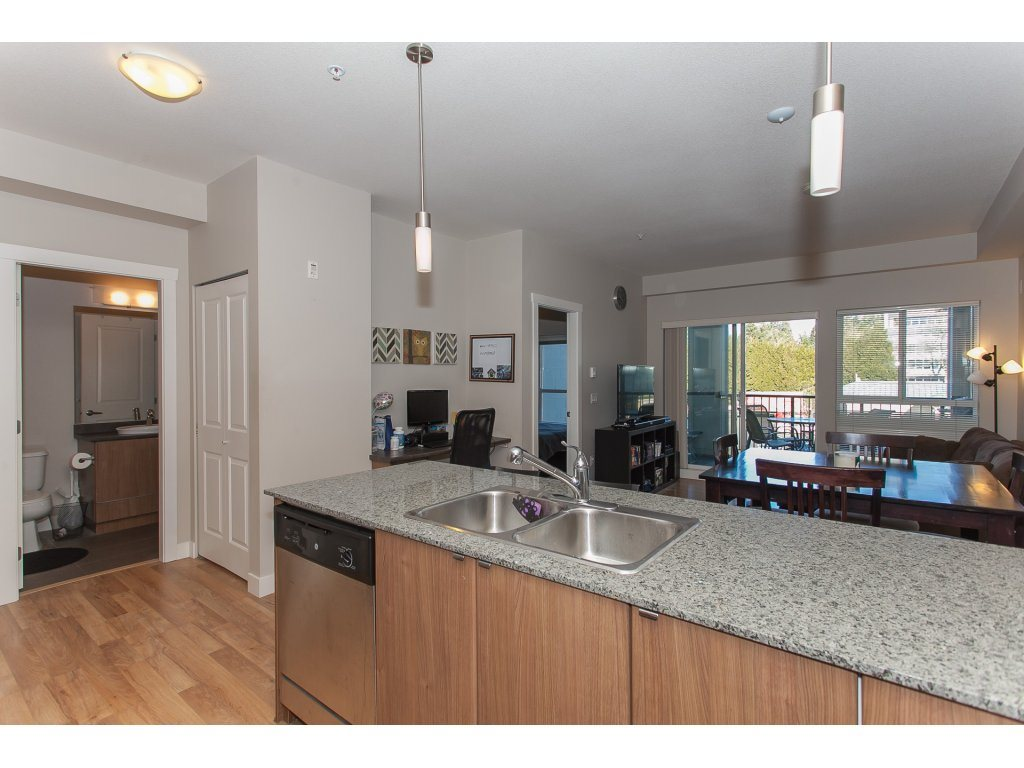 "Photo 13: 322 9655 KING GEORGE Boulevard in Surrey: Whalley Condo for sale in ""GRUV"" (North Surrey)  : MLS(r) # R2134761"