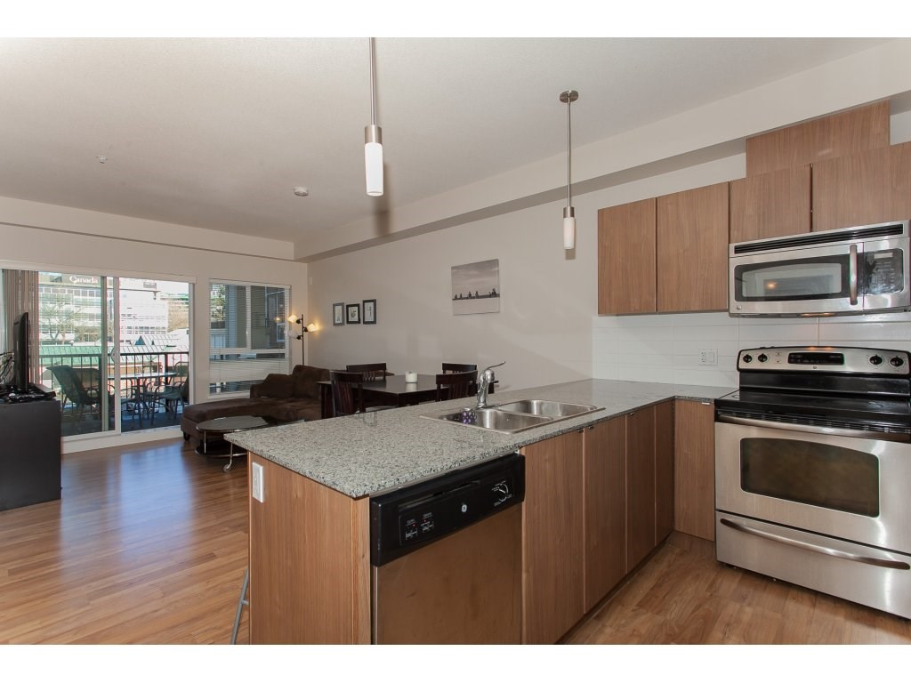 "Photo 12: 322 9655 KING GEORGE Boulevard in Surrey: Whalley Condo for sale in ""GRUV"" (North Surrey)  : MLS(r) # R2134761"