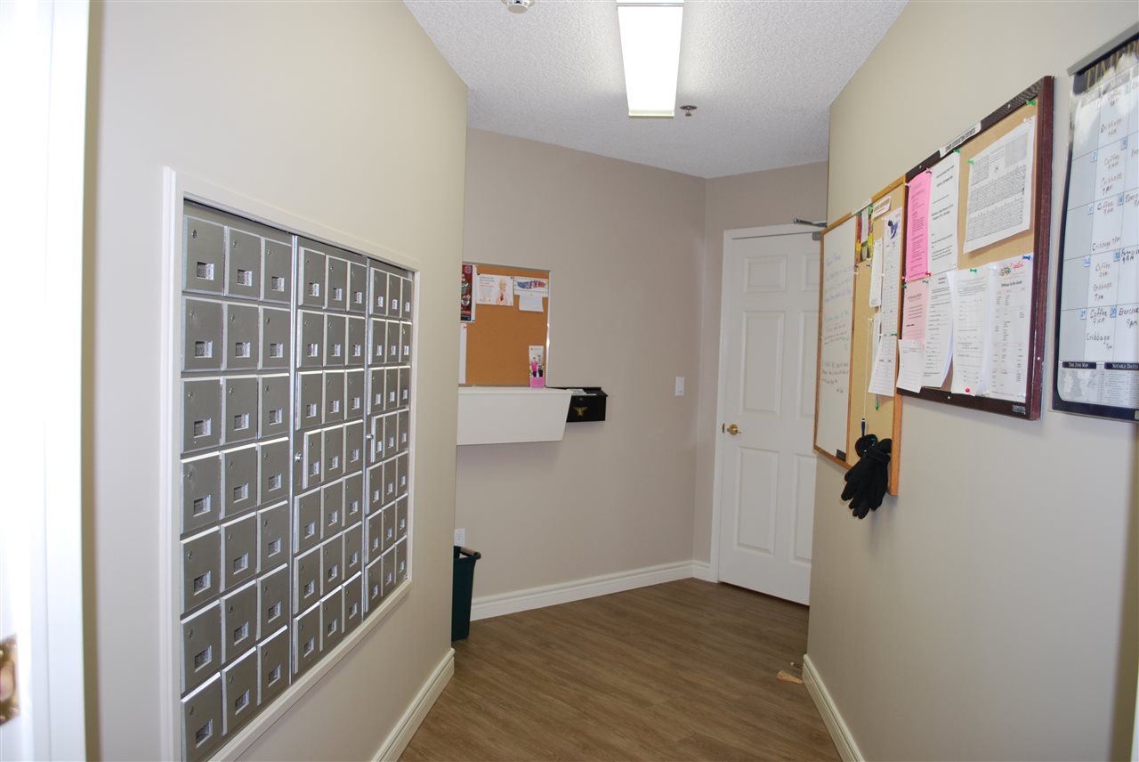 Building Mail / Information Room