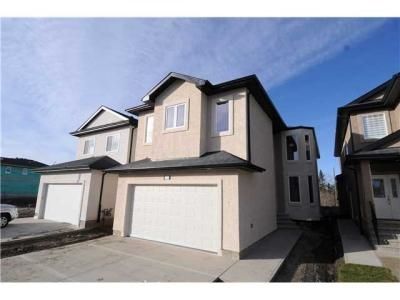 Main Photo: 17326 65A Street in Edmonton: Zone 03 House for sale : MLS(r) # E4049716