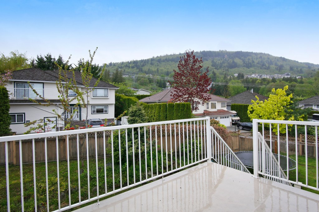 Photo 20: 36311 COUNTRY Place in Abbotsford: Abbotsford East House for sale : MLS(r) # R2163435