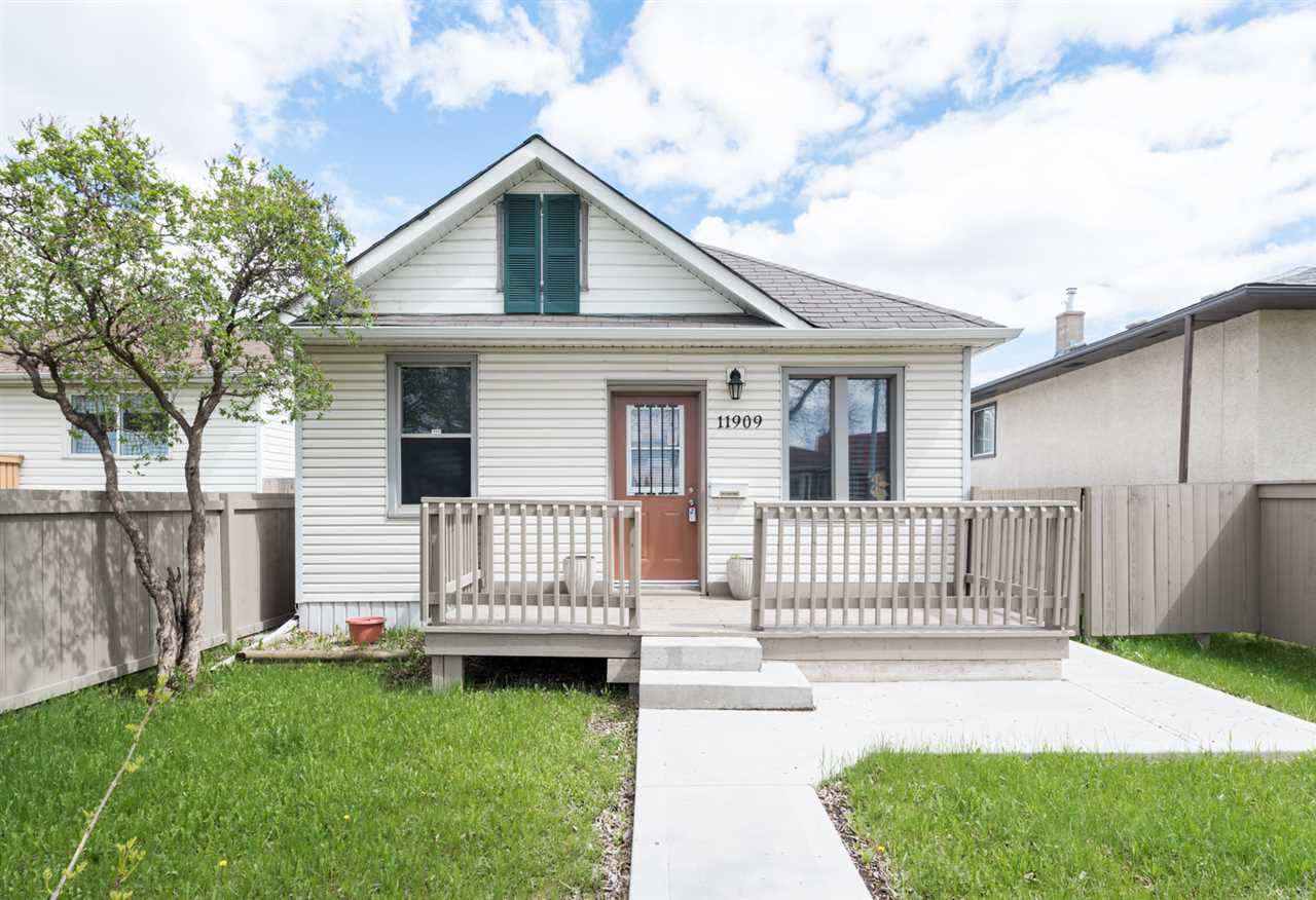 Main Photo: 11909 71 Street NW in Edmonton: Zone 06 House for sale : MLS® # E4064600