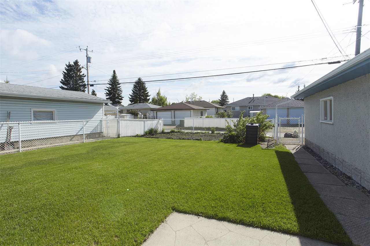 Photo 15: 13205 123 Street in Edmonton: Zone 01 House for sale : MLS(r) # E4066155