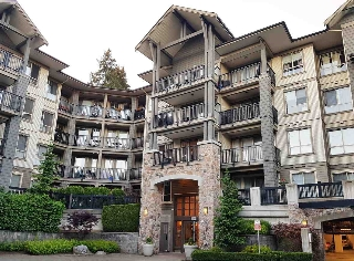 "Main Photo: 212 2969 WHISPER Way in Coquitlam: Westwood Plateau Condo for sale in ""SUMMERLIN"" : MLS(r) # R2172175"