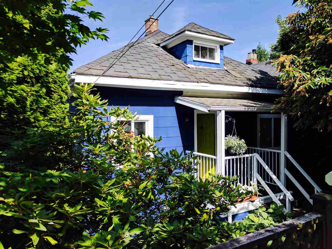 "Main Photo: 3529 FLEMING Street in Vancouver: Knight House for sale in ""Cedar Cottage"" (Vancouver East)  : MLS® # R2183745"