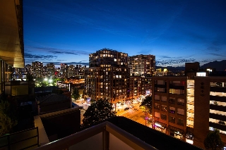 "Main Photo: 904 718 MAIN Street in Vancouver: Mount Pleasant VE Condo for sale in ""Ginger"" (Vancouver East)  : MLS®# R2186427"