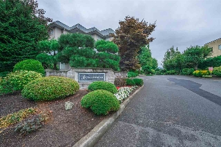 "Main Photo: 204 2700 MCCALLUM Road in Abbotsford: Central Abbotsford Condo for sale in ""The Seasons"" : MLS® # R2209496"