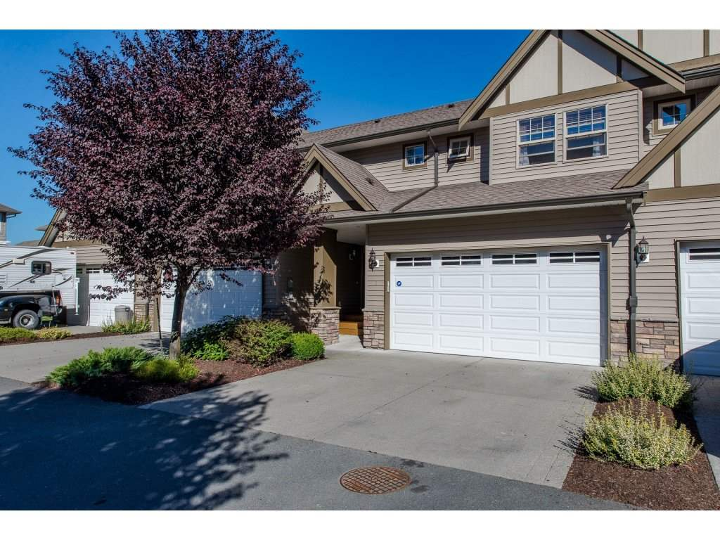 Main Photo: 3 45507 WATSON Road in Sardis: Vedder S Watson-Promontory Townhouse for sale : MLS®# R2209698