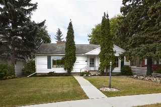 Main Photo: 10434 CONNAUGHT Drive in Edmonton: Zone 11 House for sale : MLS® # E4083504