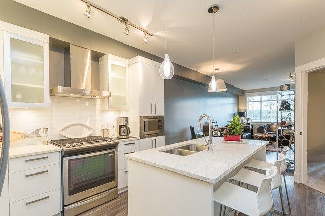"Main Photo: 106 22327 RIVER Road in Maple Ridge: West Central Condo for sale in ""REFLECTIONS ON THE RIVER"" : MLS®# R2230785"
