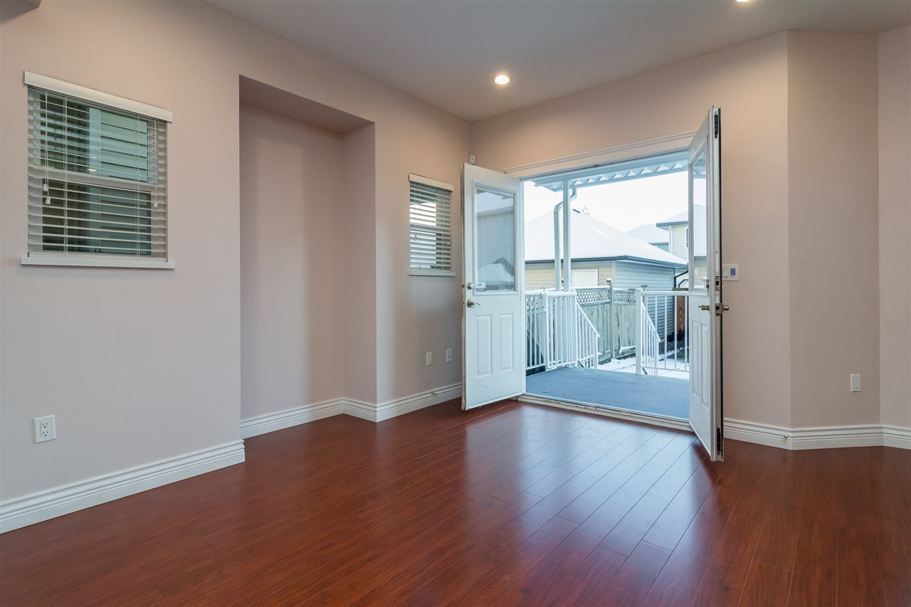 Photo 8: Photos: 18986 72 Avenue in Surrey: Clayton House for sale (Cloverdale)  : MLS® # R2237481