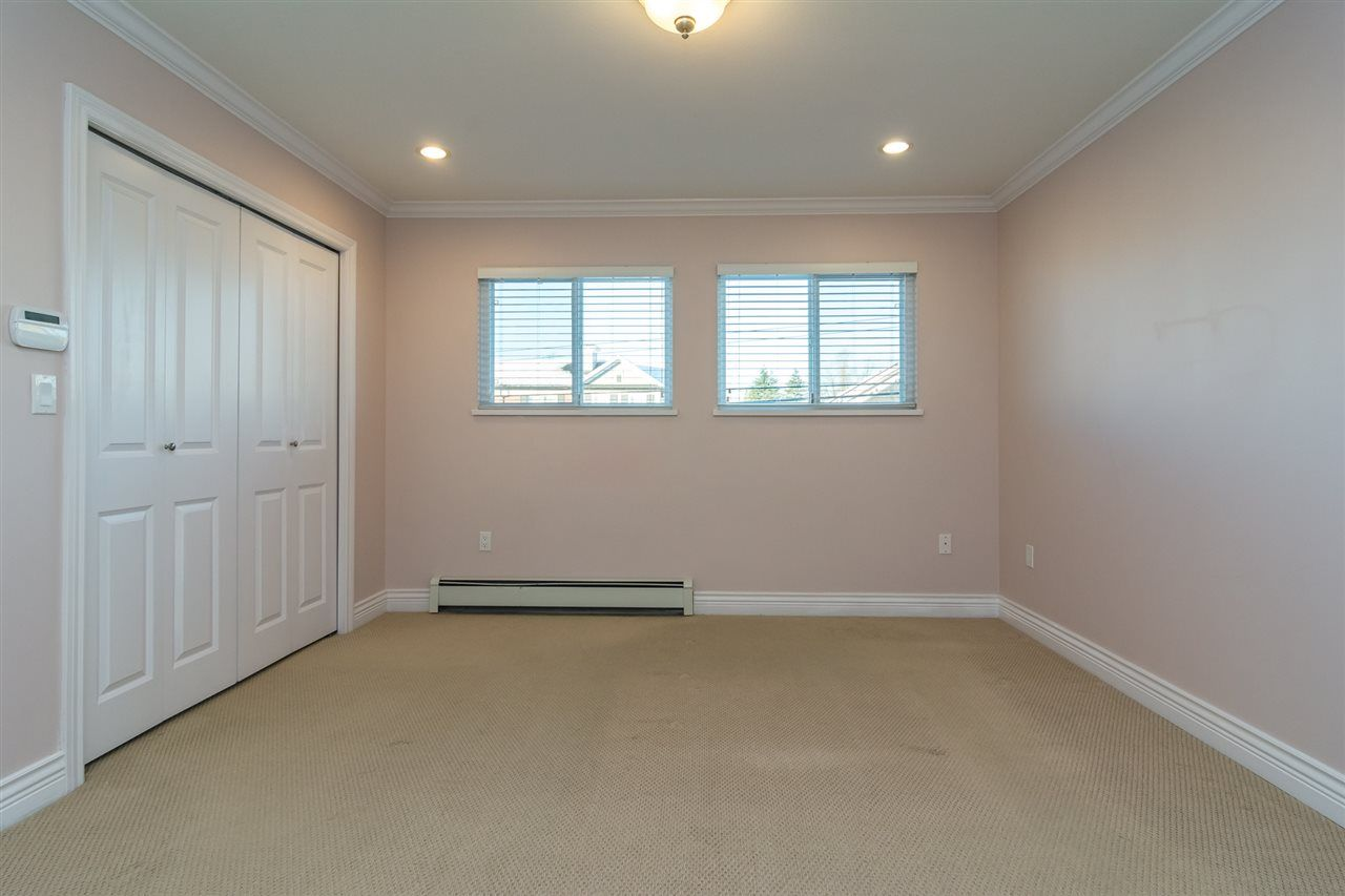 Photo 9: Photos: 18986 72 Avenue in Surrey: Clayton House for sale (Cloverdale)  : MLS® # R2237481