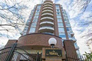 "Main Photo: 703 2350 W 39TH Avenue in Vancouver: Kerrisdale Condo for sale in ""St. Moritz"" (Vancouver West)  : MLS® # R2240971"