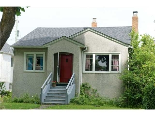 Main Photo: 3479 W 10th Avenue in Vancouver: House for sale : MLS(r) # V902677