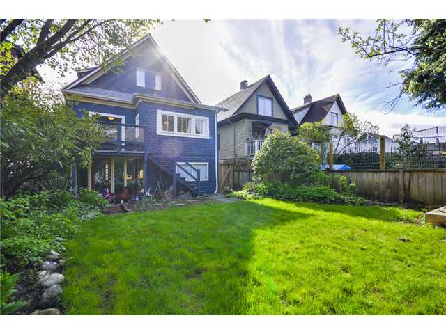 "Photo 18: 2841 WINDSOR Street in Vancouver: Mount Pleasant VE House for sale in ""Mt. Pleasant"" (Vancouver East)  : MLS(r) # V1060987"