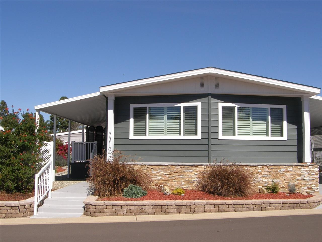Main Photo: CARLSBAD WEST Manufactured Home for sale : 2 bedrooms : 7310 San Benito #360 in Carlsbad