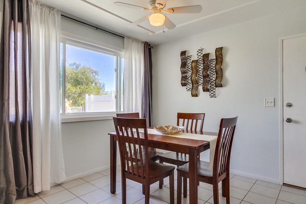 Photo 8: CLAIREMONT House for sale : 3 bedrooms : 3644 Arlington in San Diego