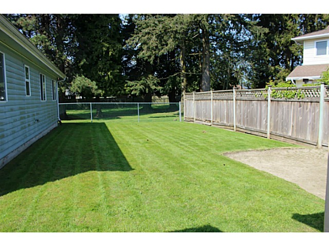 "Photo 6: 5445 48A Avenue in Ladner: Hawthorne House for sale in ""HAWTHORNE"" : MLS® # V1117318"