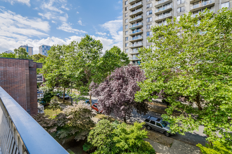 "Photo 16: 419 1655 NELSON Street in Vancouver: West End VW Condo for sale in ""Hempstead Manor"" (Vancouver West)  : MLS® # V1135578"