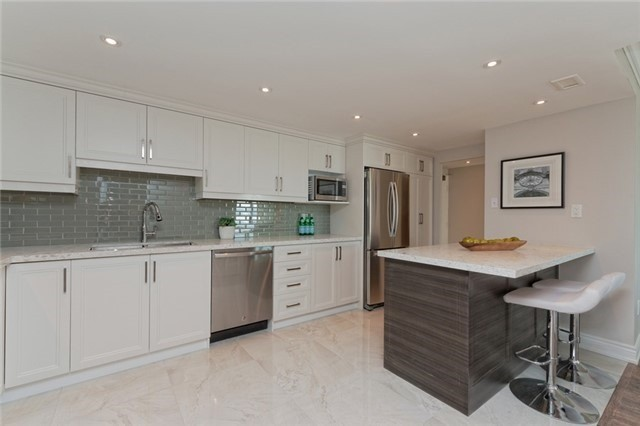 Photo 14: 1606 55 Skymark Drive in Toronto: Hillcrest Village Condo for sale (Toronto C15)  : MLS(r) # C3374336