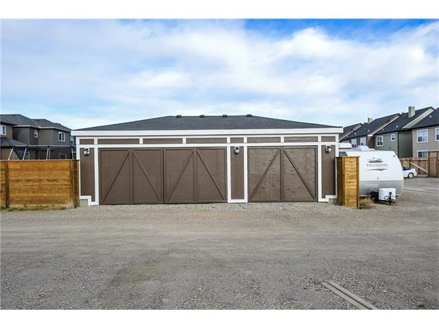 Main Photo: 10 LEGACY Close SE in Calgary: Legacy House for sale : MLS(r) # C4089702