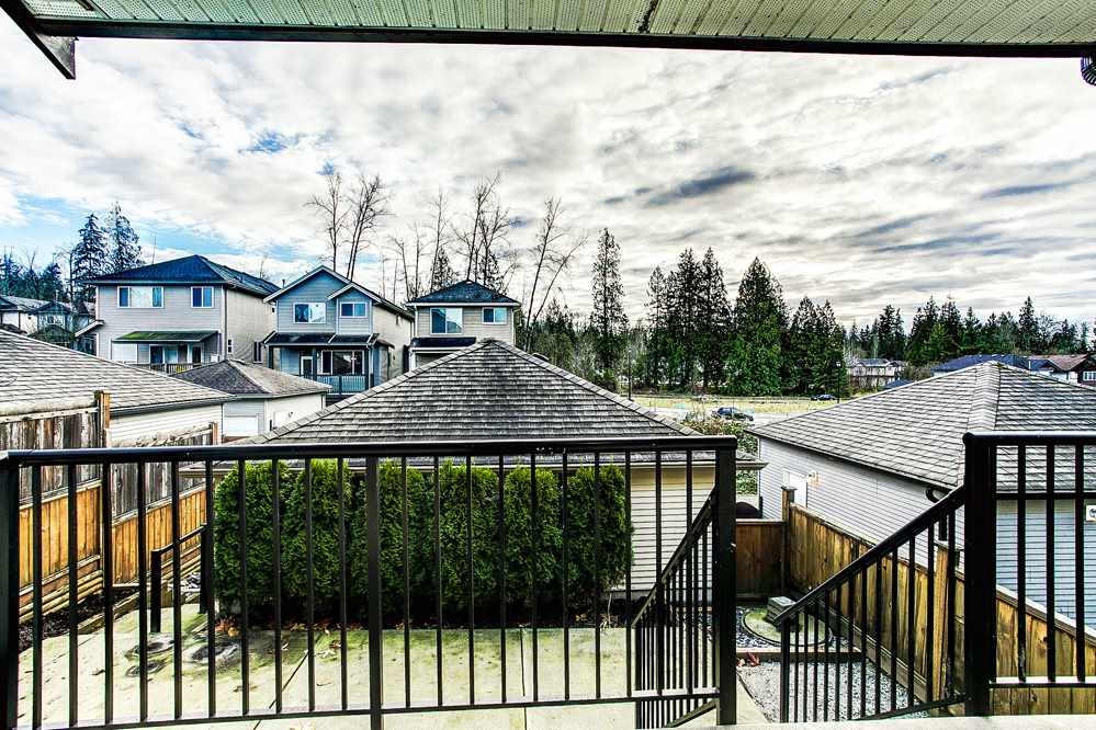 "Photo 16: 24318 102 Avenue in Maple Ridge: Albion House for sale in ""Castle Brook"" : MLS® # R2126861"