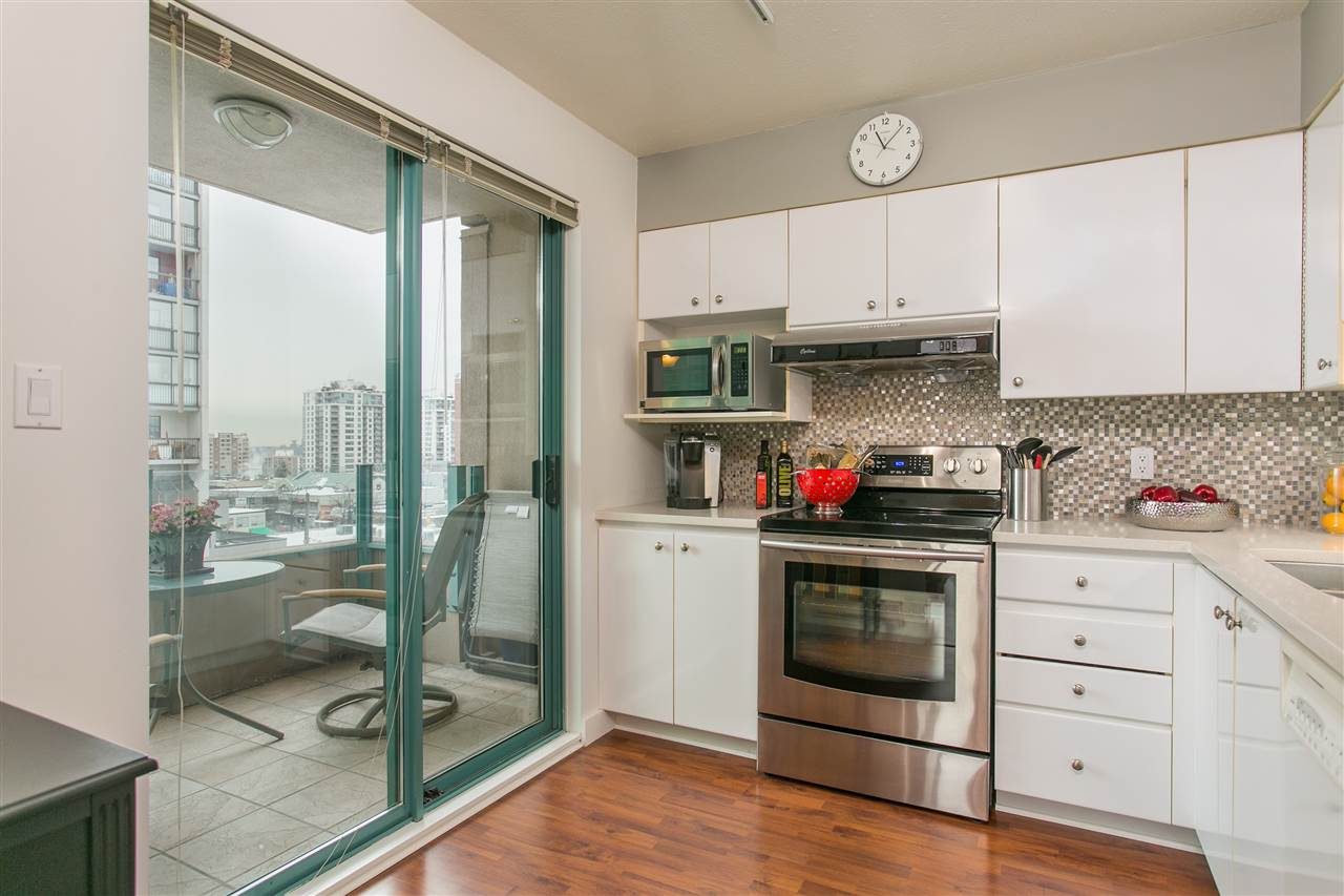 "Main Photo: 603 1555 EASTERN Avenue in North Vancouver: Central Lonsdale Condo for sale in ""THE SOVEREIGN"" : MLS® # R2138460"