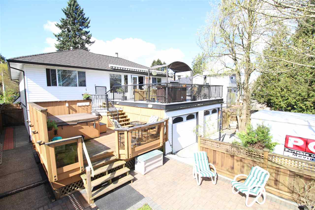 "Photo 8: 829 FIFTH Street in New Westminster: GlenBrooke North House for sale in ""UPPER GLENBROOK"" : MLS(r) # R2158768"