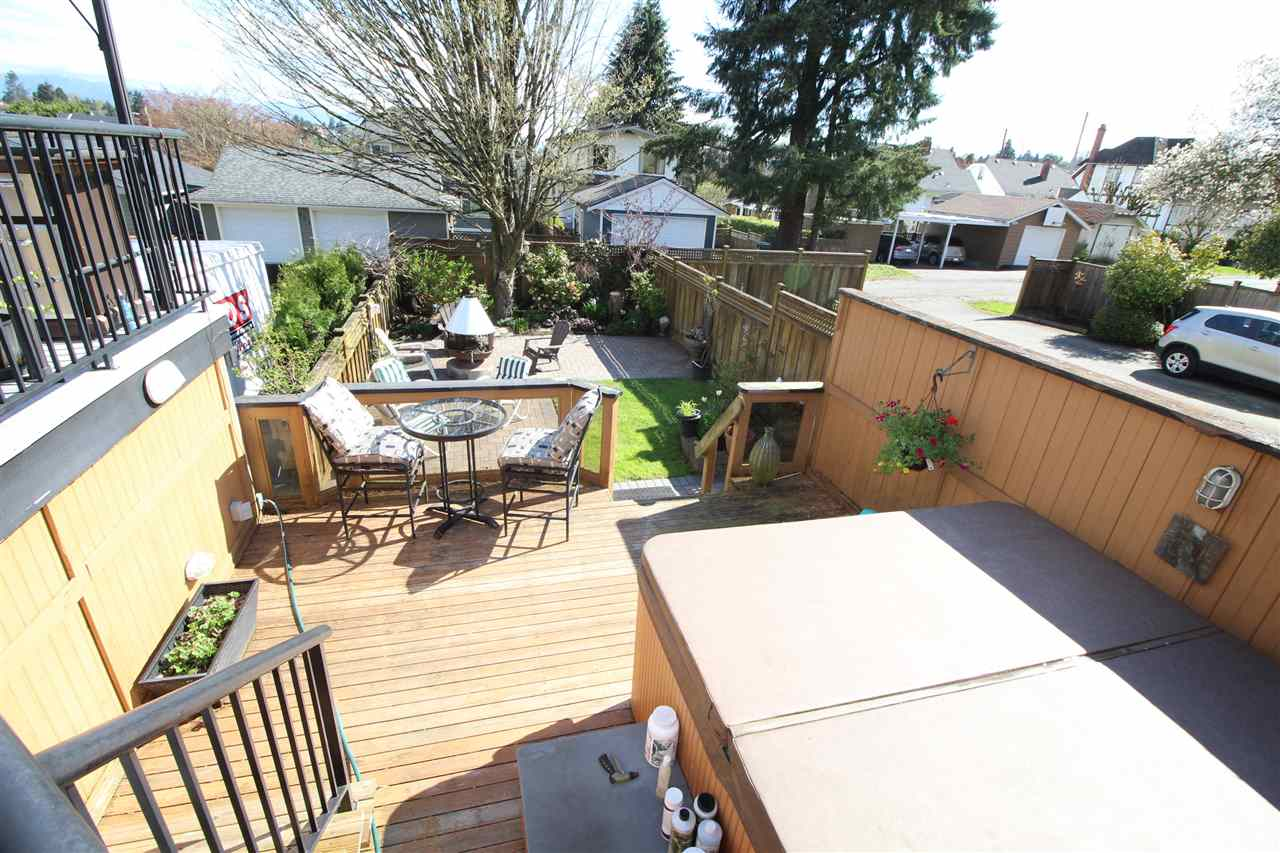 "Photo 6: 829 FIFTH Street in New Westminster: GlenBrooke North House for sale in ""UPPER GLENBROOK"" : MLS(r) # R2158768"