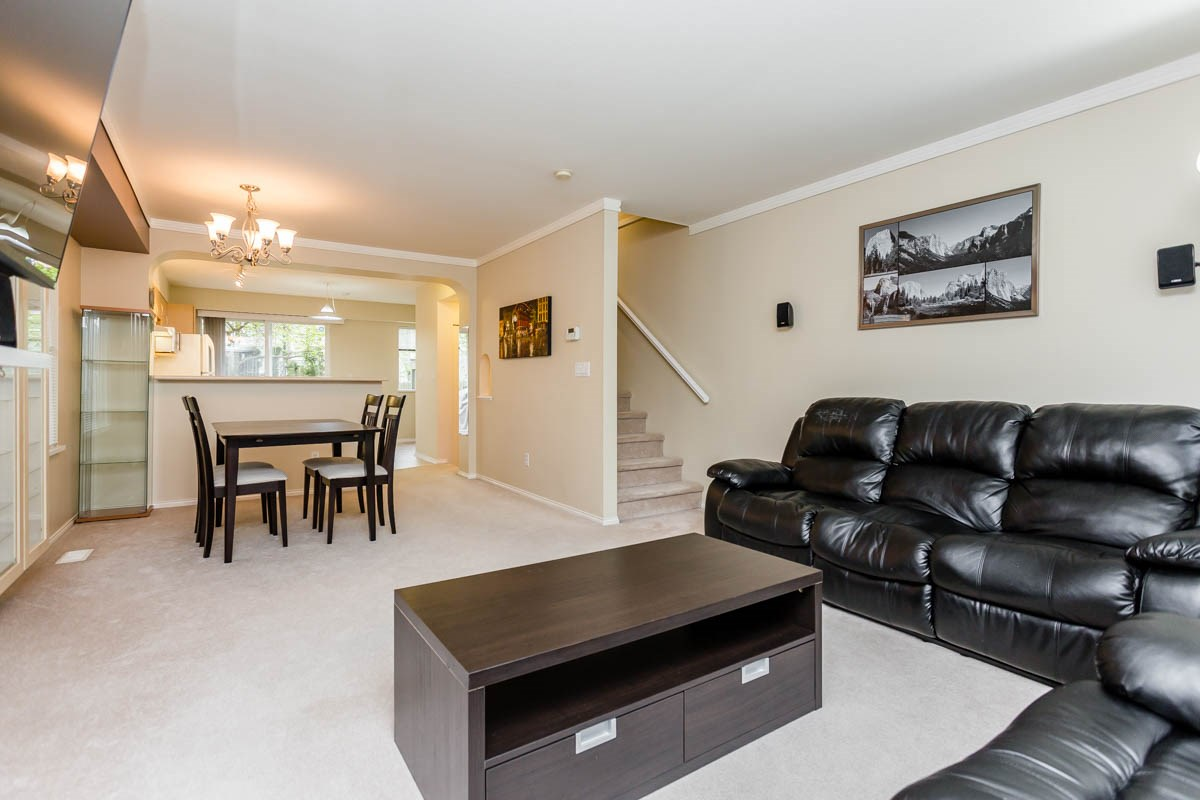 "Photo 11: 27 8775 161 Street in Surrey: Fleetwood Tynehead Townhouse for sale in ""Ballantyne"" : MLS® # R2164896"