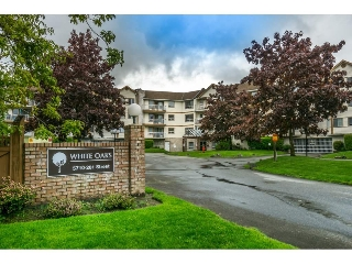 "Main Photo: 303 5710 201 Street in Langley: Langley City Condo for sale in ""White Oaks"" : MLS®# R2166738"
