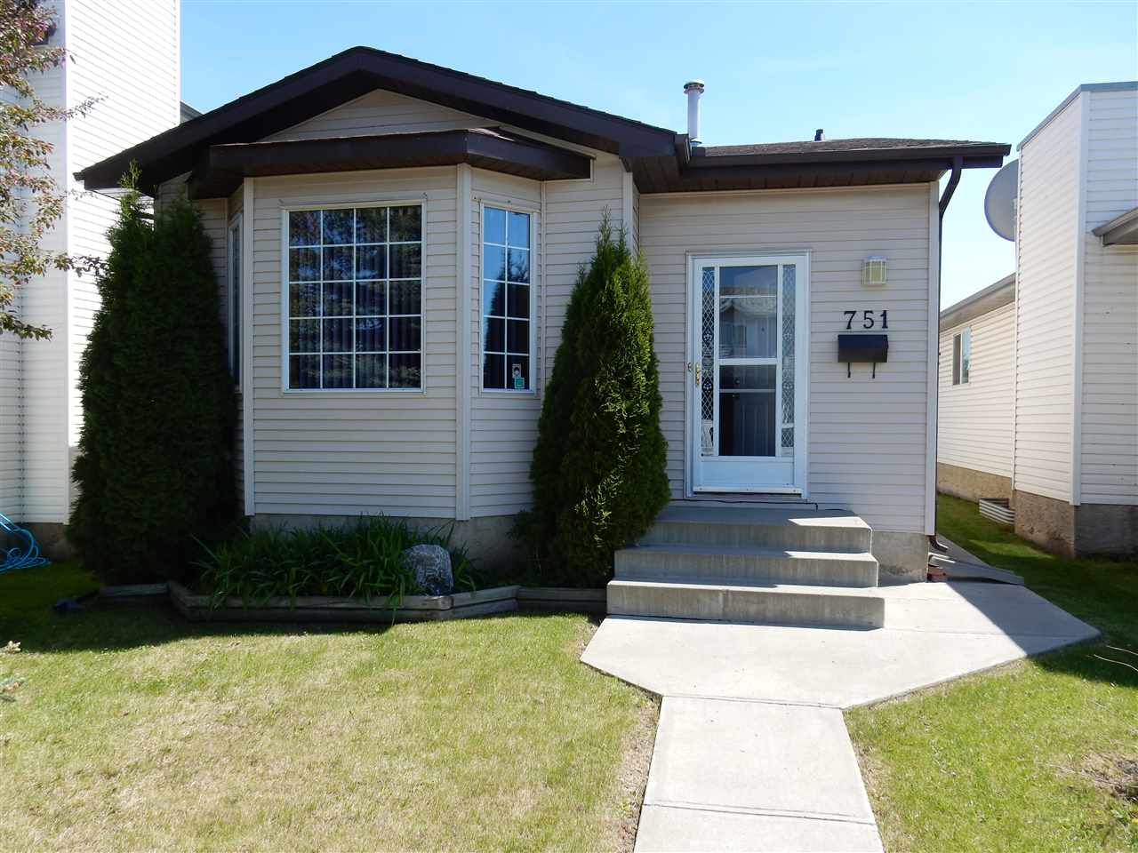 Main Photo: 751 Johns Road in Edmonton: Zone 29 House for sale : MLS(r) # E4066582