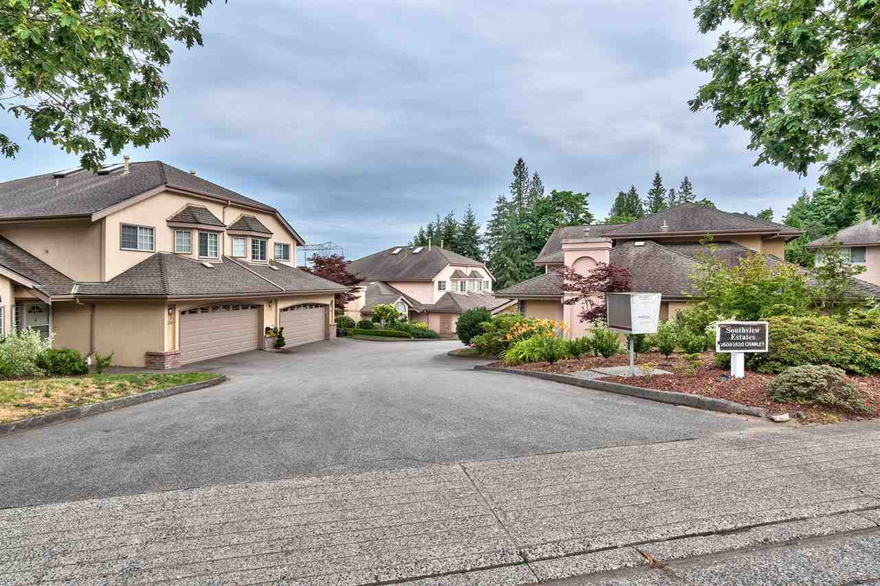"Main Photo: 2624 CRAWLEY Avenue in Coquitlam: Coquitlam East Townhouse for sale in ""SOUTHVIEW ESTATES"" : MLS® # R2191687"