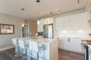 "Main Photo: 307 22327 RIVER Road in Maple Ridge: West Central Condo for sale in ""REFLECTIONS ON THE RIVER"" : MLS® # R2193967"