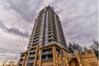 "Main Photo: 2001 280 ROSS Drive in New Westminster: Fraserview NW Condo for sale in ""CARLYLE"" : MLS® # R2224032"